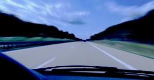 Foto: aboutpixel.de / Fast Drive © Enrico Hatzmann